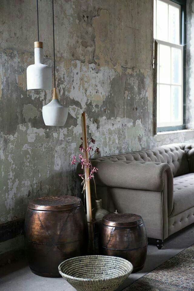 Salon loft boh me marron blanc noir gris b ton cuivre textile budget d co style loft - Salon gris beton ...