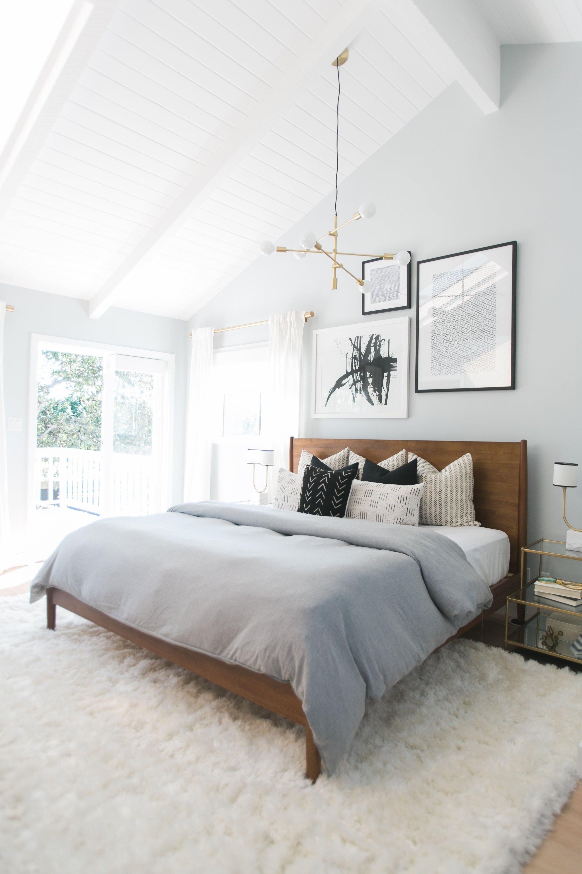 Chambre classique blanc noir dor gris bois parquet textile laiton budget d co style classique - Deco chambre dore ...