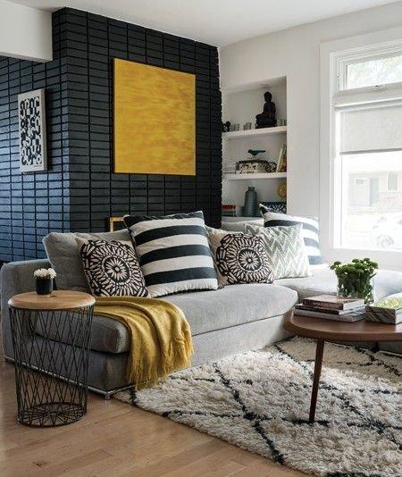 Salon scandinave contemporain noir jaune gris marron bois textile budget d co style scandinave - Salon marron et gris ...
