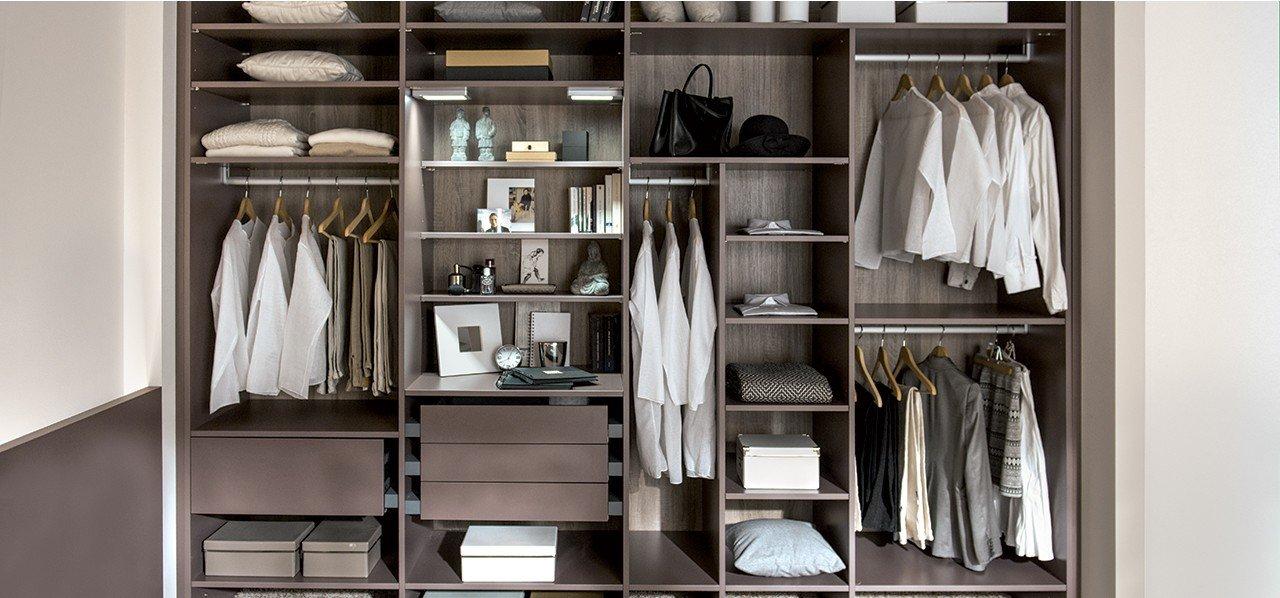 les conseils des architectes pour cr er un dressing. Black Bedroom Furniture Sets. Home Design Ideas