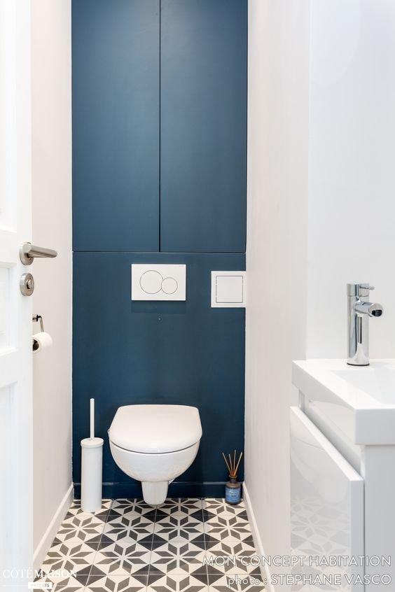 Salle de bain Scandinave Bleu,Noir,Blanc Béton ciré,Béton,Carreaux ...