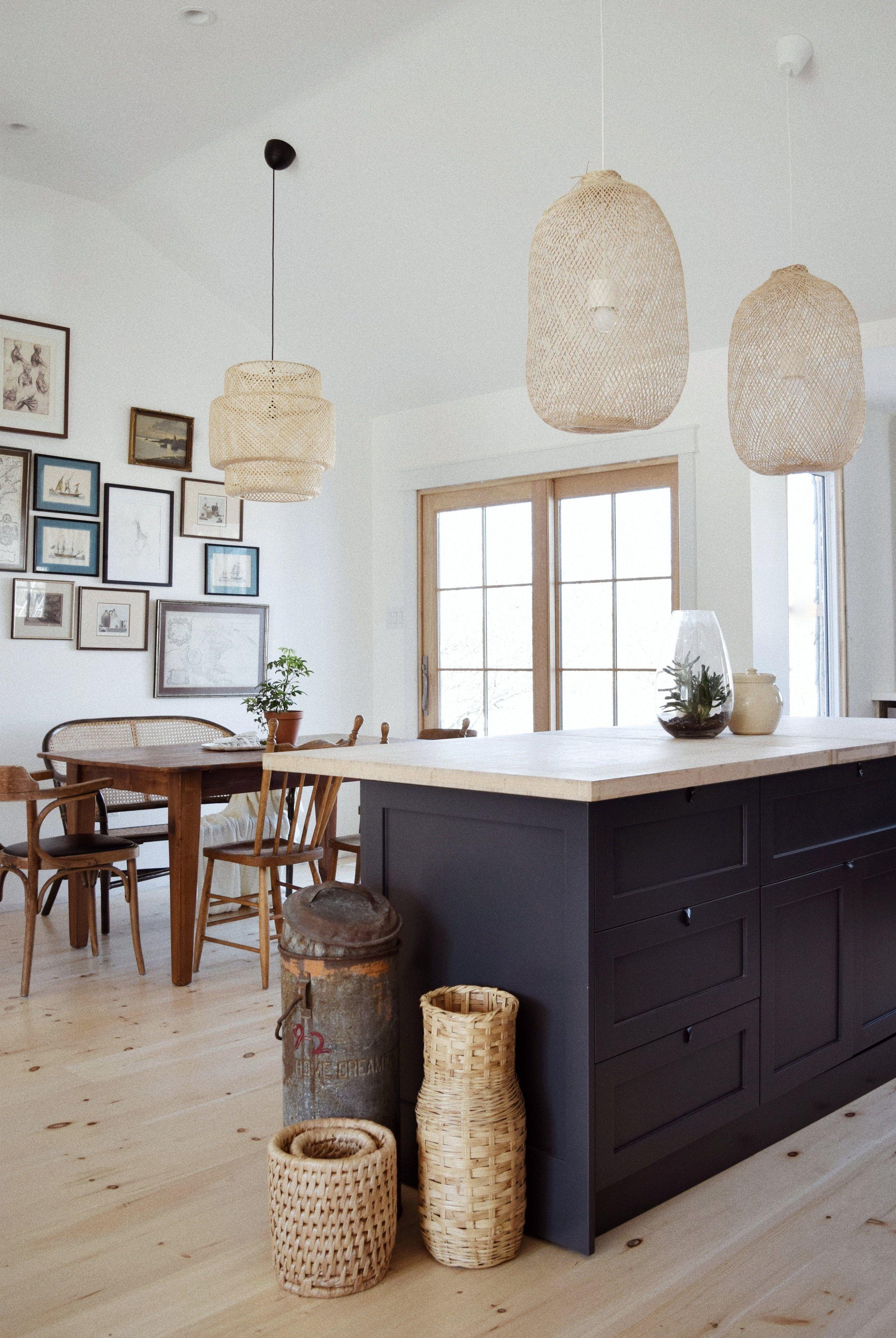 salle à manger,cuisine scandinave,campagne marron,blanc,noir bois