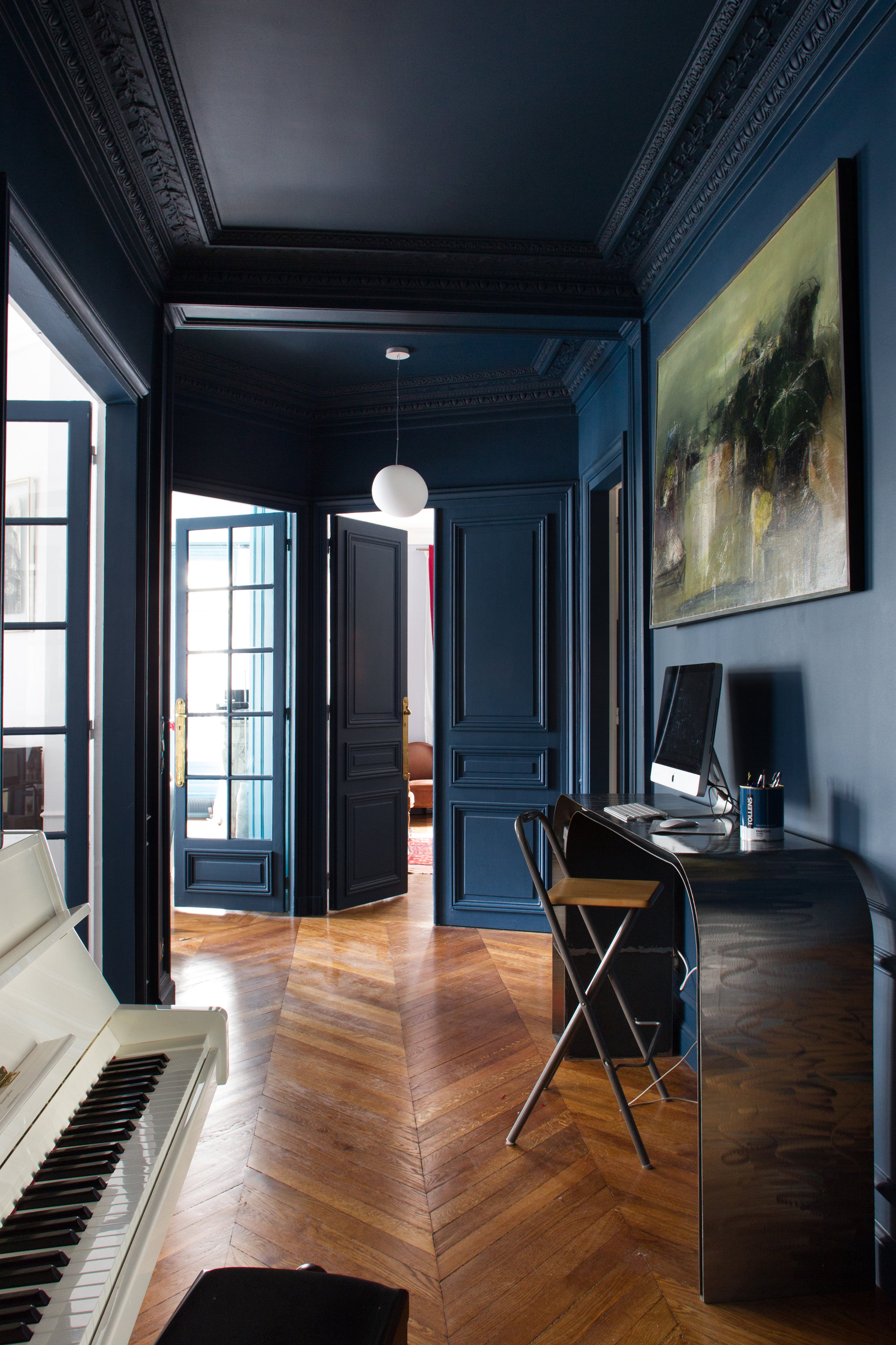 hall d entr e classique vintage contemporain bleu noir marron bois m tal inspiration style. Black Bedroom Furniture Sets. Home Design Ideas